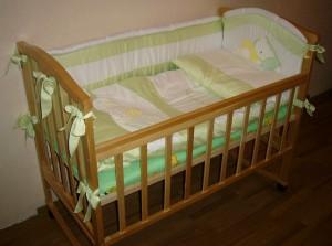детская кроватка в полной боеготовности